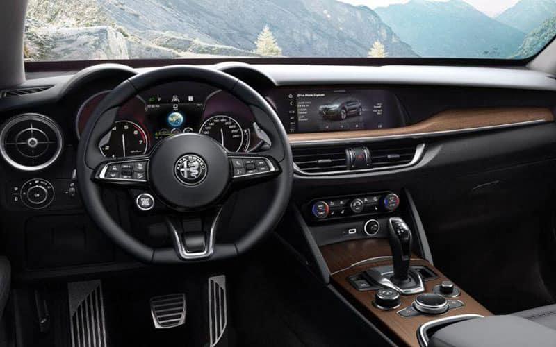 2020 Alfa Romeo Stelvio Technology