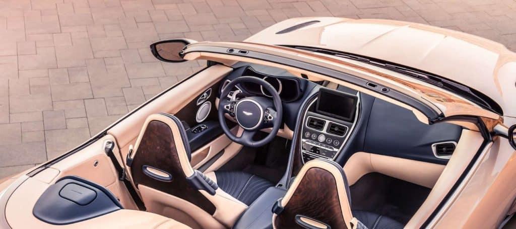 2019 Aston Martin DB11 pic_008
