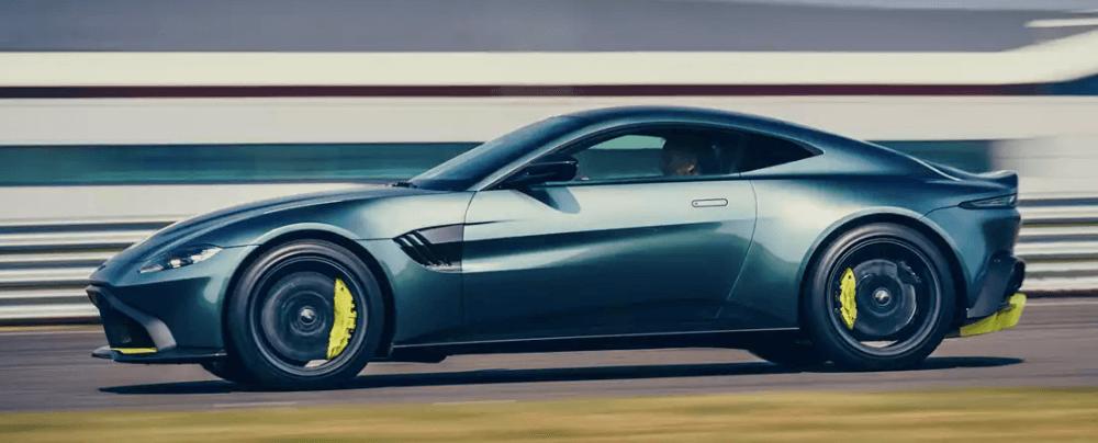 2020 Aston Martin Vantage Roadster AMR