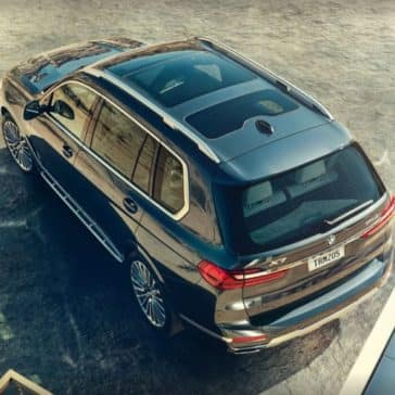 Aerial view of the 2019 BMW X7.