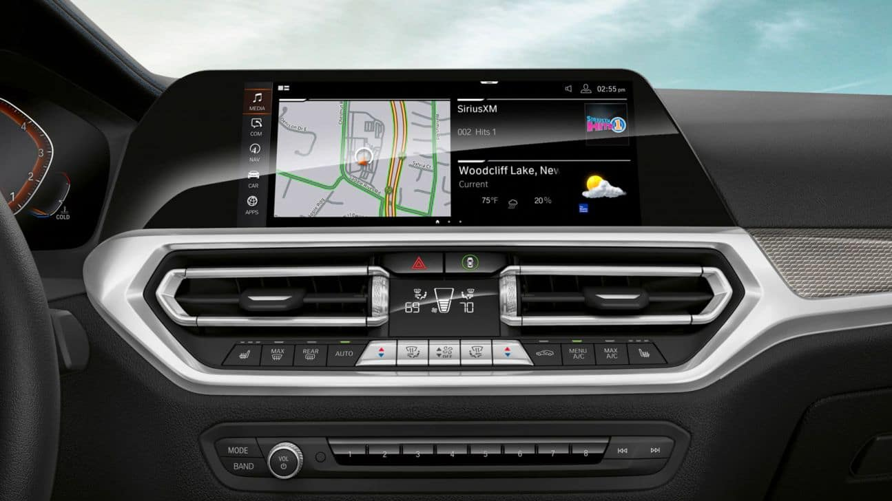 An interior photo of the BMW 3 Series showing the navigation pane.