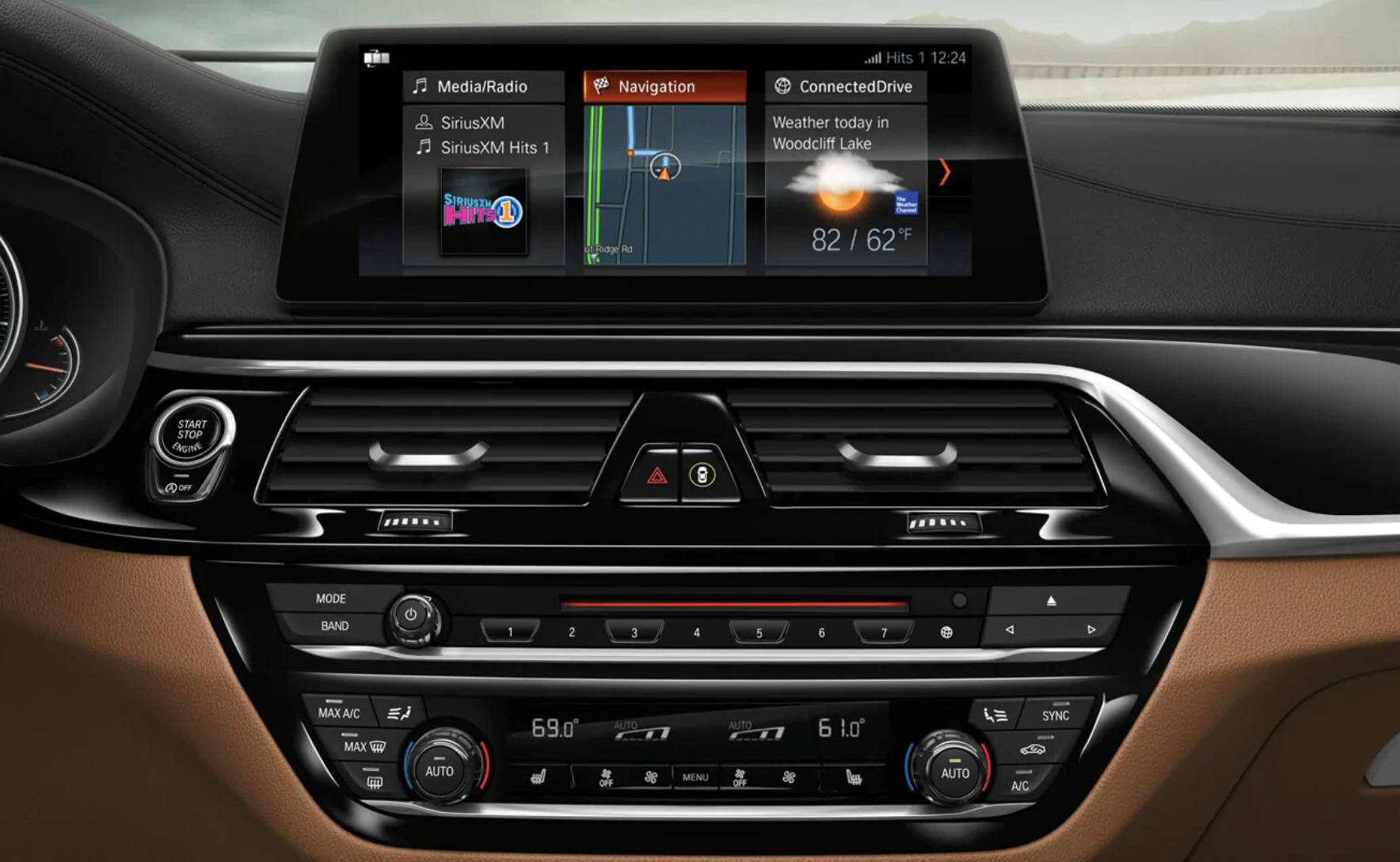 An interior picture showing the iDrive feature of the BMW 6 Series.