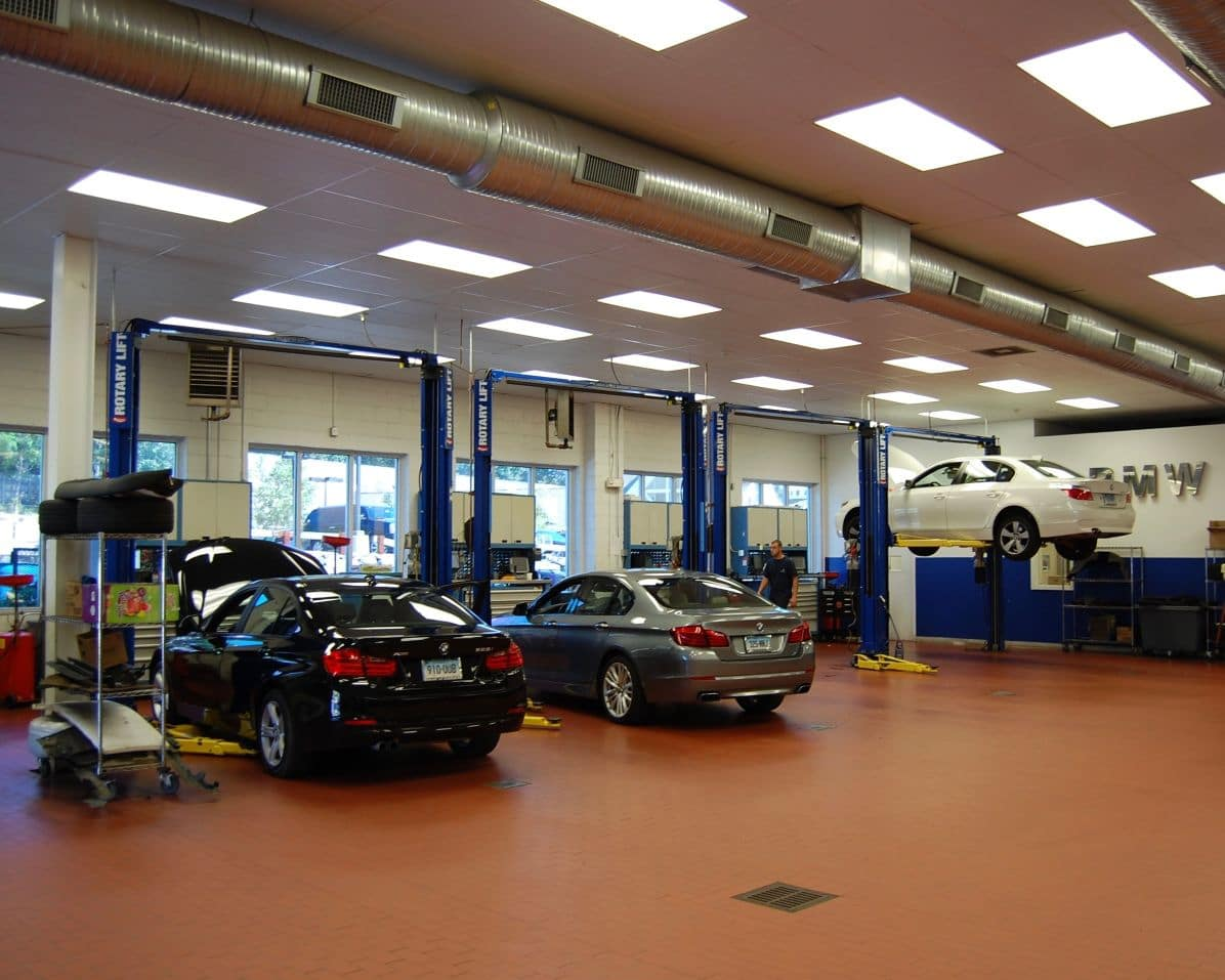 BMW of Darien Service Bays