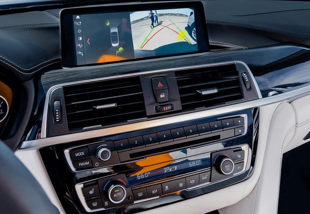 BMW M4 Interior Technology