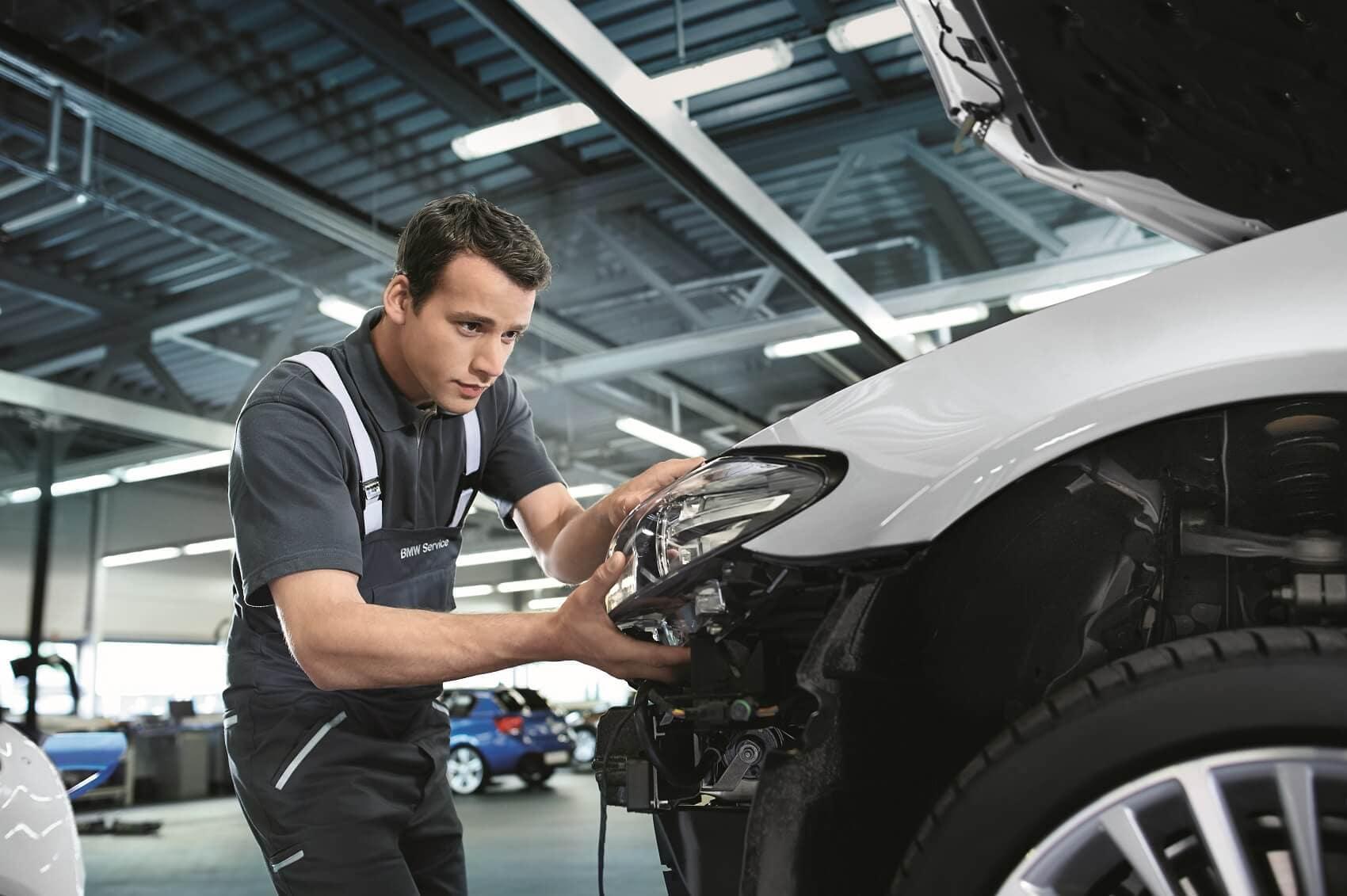 BMW Collision Service Center