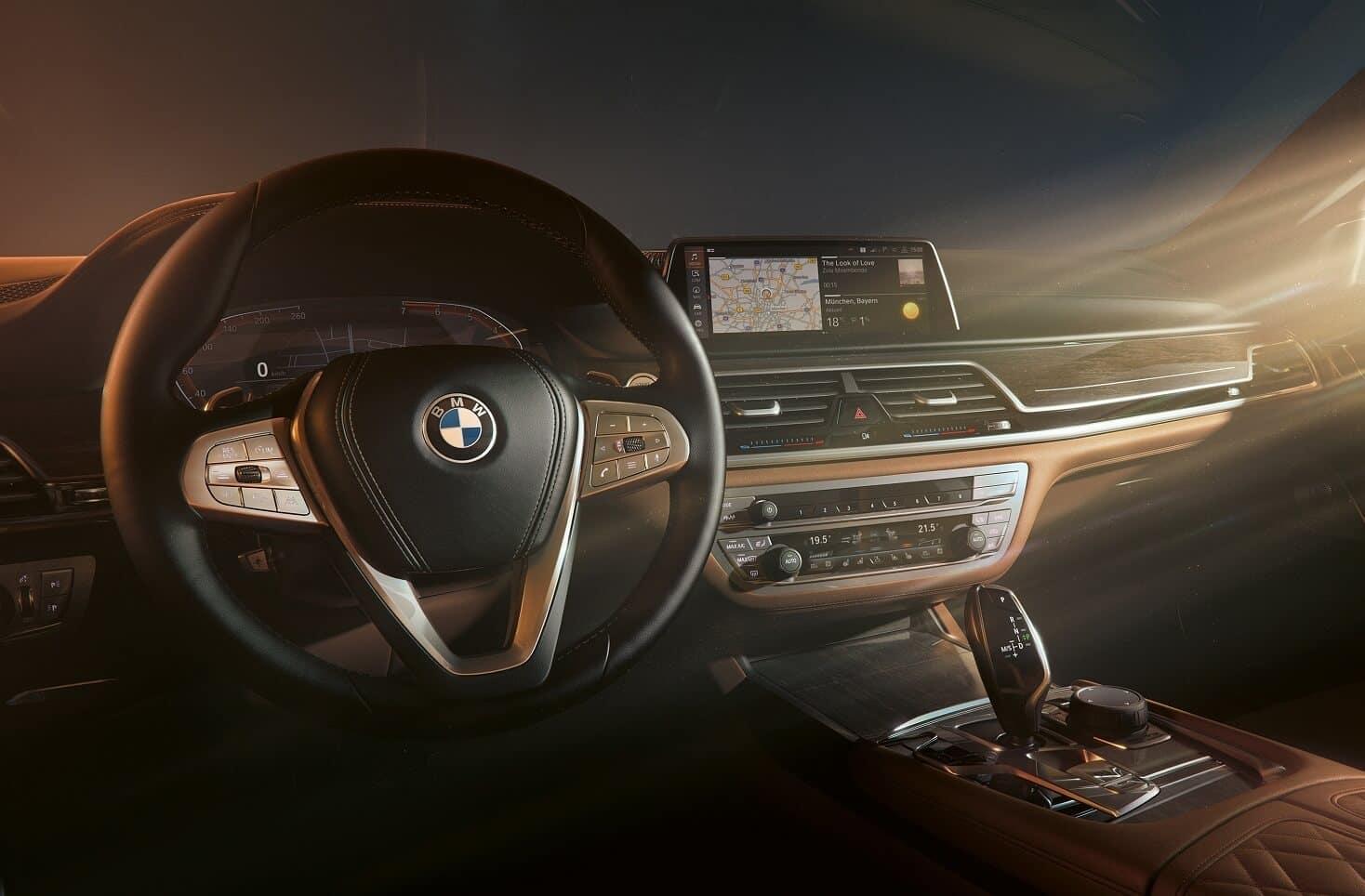 BMW 7 Series Interior Technology Manhattan NY