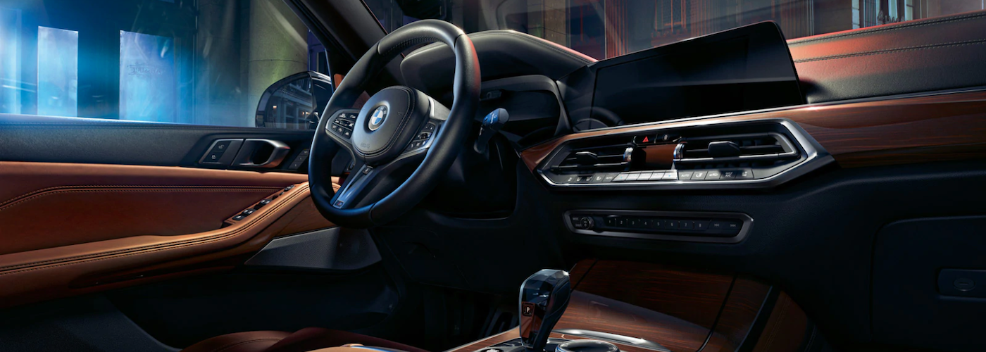 2020 bmw x5 interior dashboard side view closeup