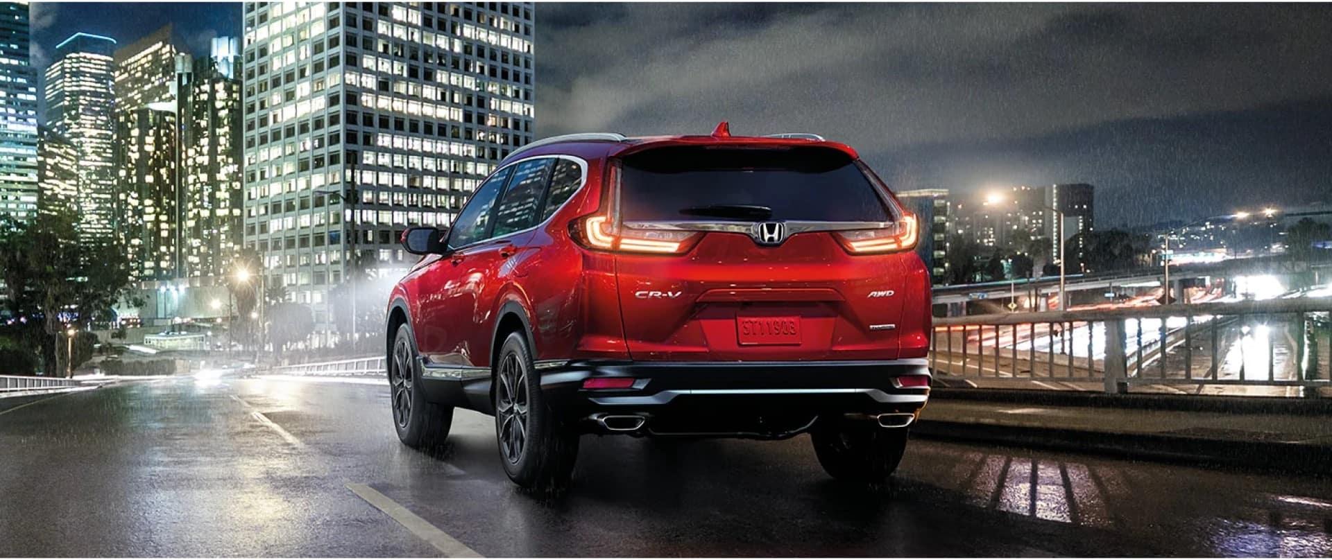 Honda_CR-V_Parked_Cityscape