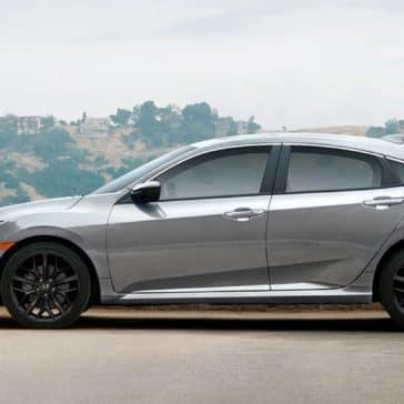 Honda_Civic_Si_Sedan_Side_Profile_Parked