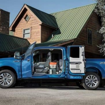 2019-Ford-F-150-Parked-Outside-with-Inside-Cargo-Area-Loaded