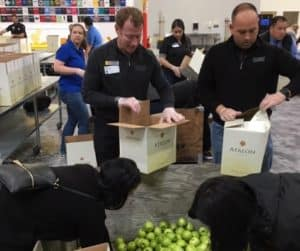 Thanskgiving Food Drive_4