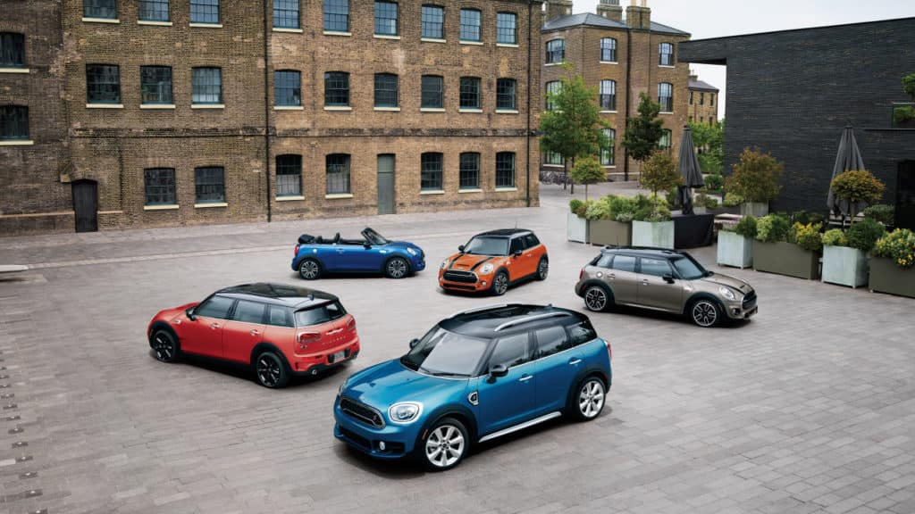 0.9% APR + UP TO $2,000 OFF SELECT MINI MODELS + NO PAYMENTS FOR 90 DAYS