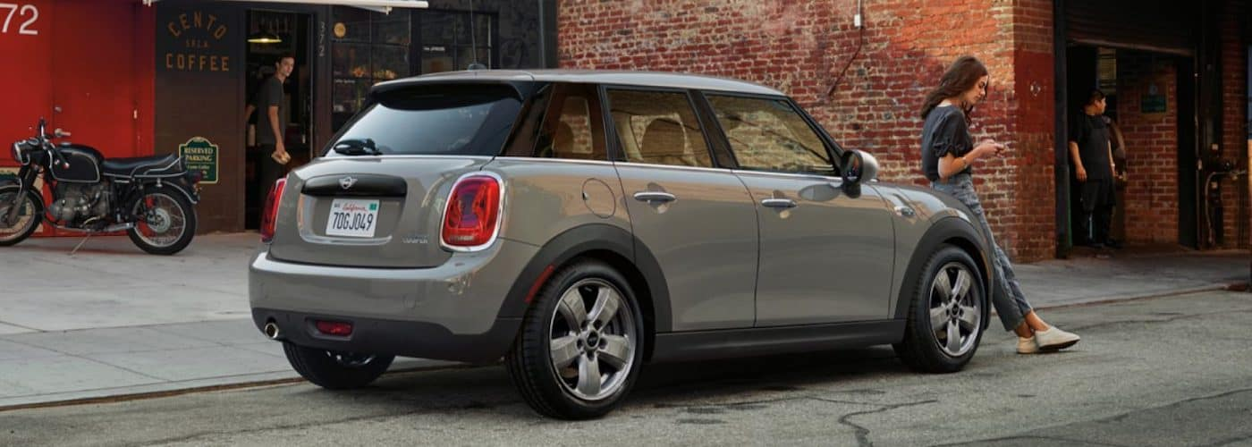 2020 mini cooper silver exterior 4 door parked outside side view