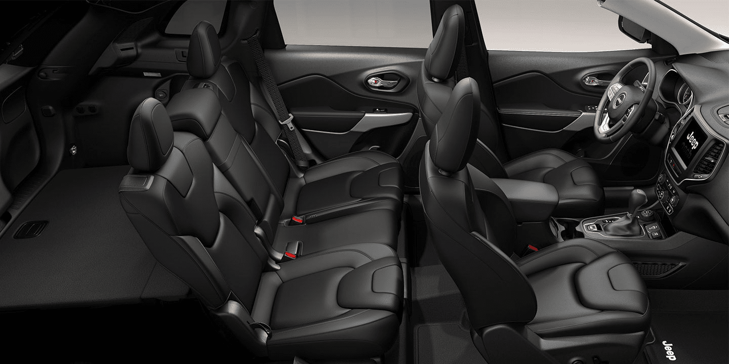 2019 Jeep Cherokee interior in black leather