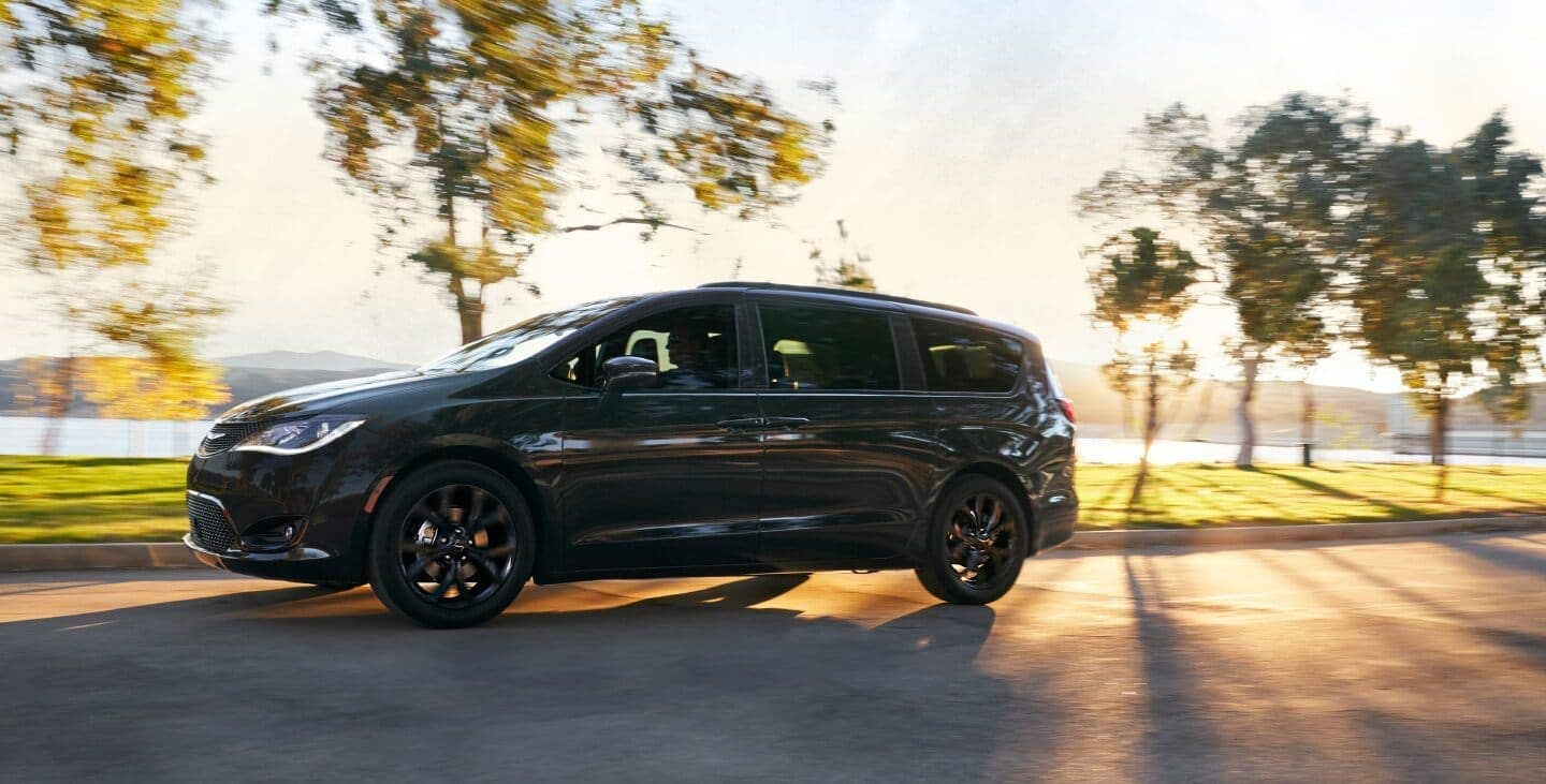 2019 Chrysler Pacifica in black exterior
