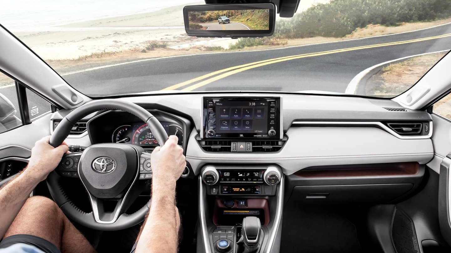 2019 Toyota RAV4 interior technology