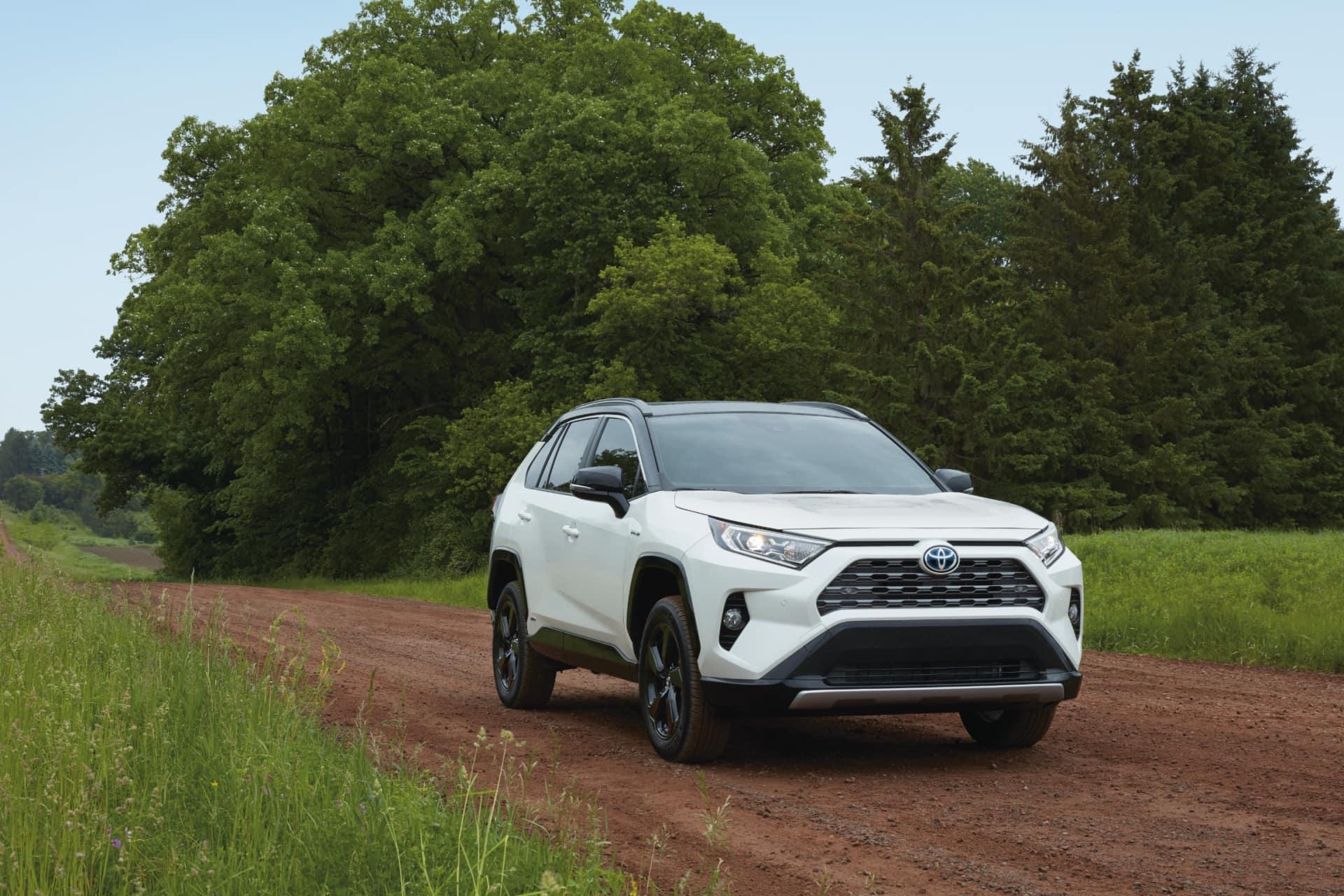 College Grads Save Cars Dealership Fernelius Toyota Cheboygan MI