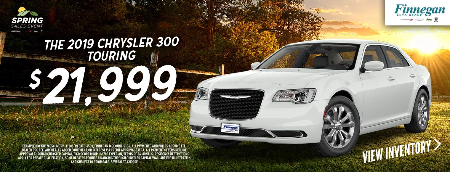 2019-Chrysler-300-Touring