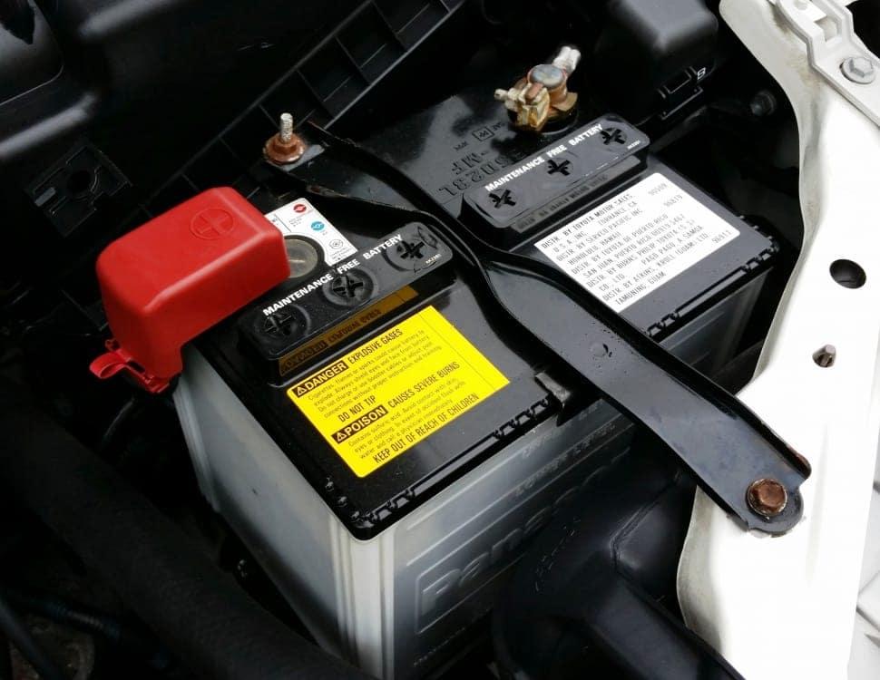 Sarasota replace vehicle battery car service bradenton