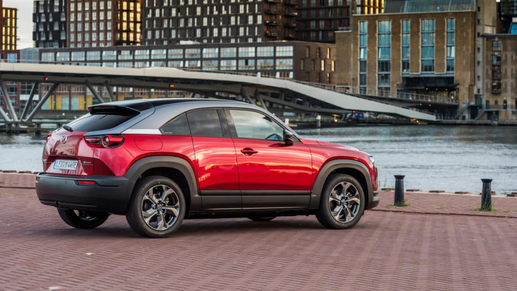 Mazda-MX-30-red-design