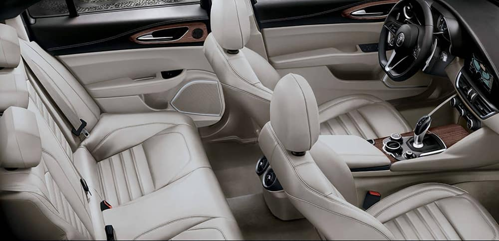 2019 Alfa Romeo Seating