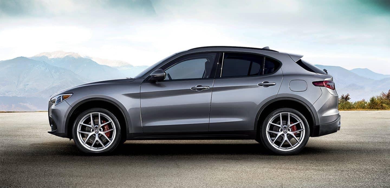 2019 Alfa Romeo Stelvio Side