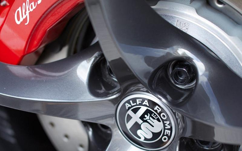 Alfa Romeo Stelvio Brakes