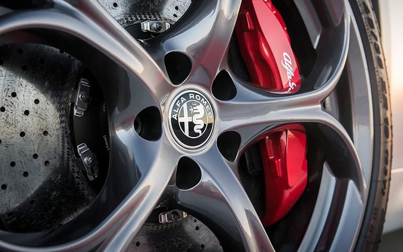 Alfa Romeo Giulia Quadrifoglio Brakes