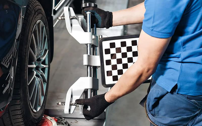 INFINITI Wheel Alignment