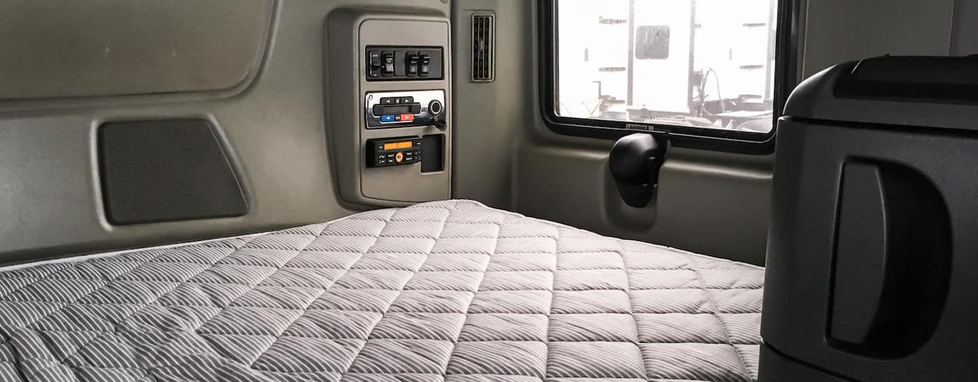 2014 international prostar sleeper interior