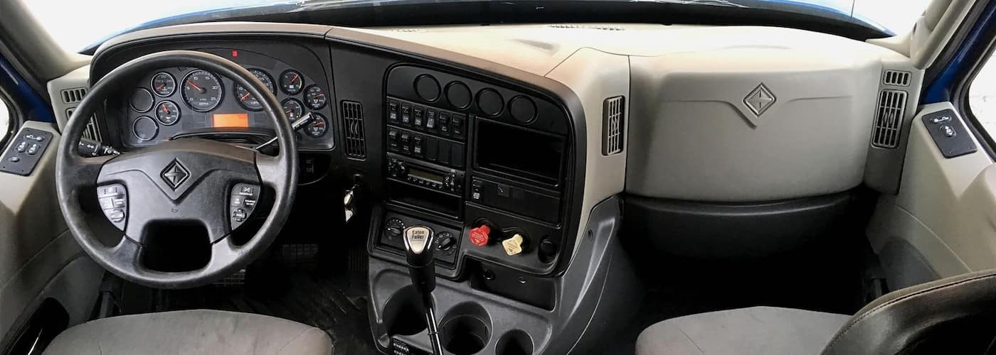 used international prostar interior dashboard view