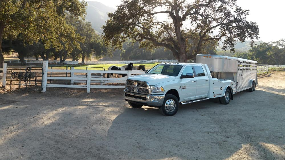 2018-Ram-Chassis-Cab-Farm-Truck