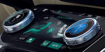 Jaguar-I-Pace-Panel