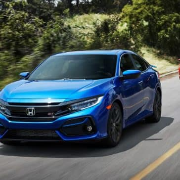 Honda_Civic_Si_Sedan_Driving_Back_Road