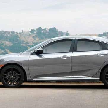 Honda_Civic_Si_Sedan_Side_Profile_Parked
