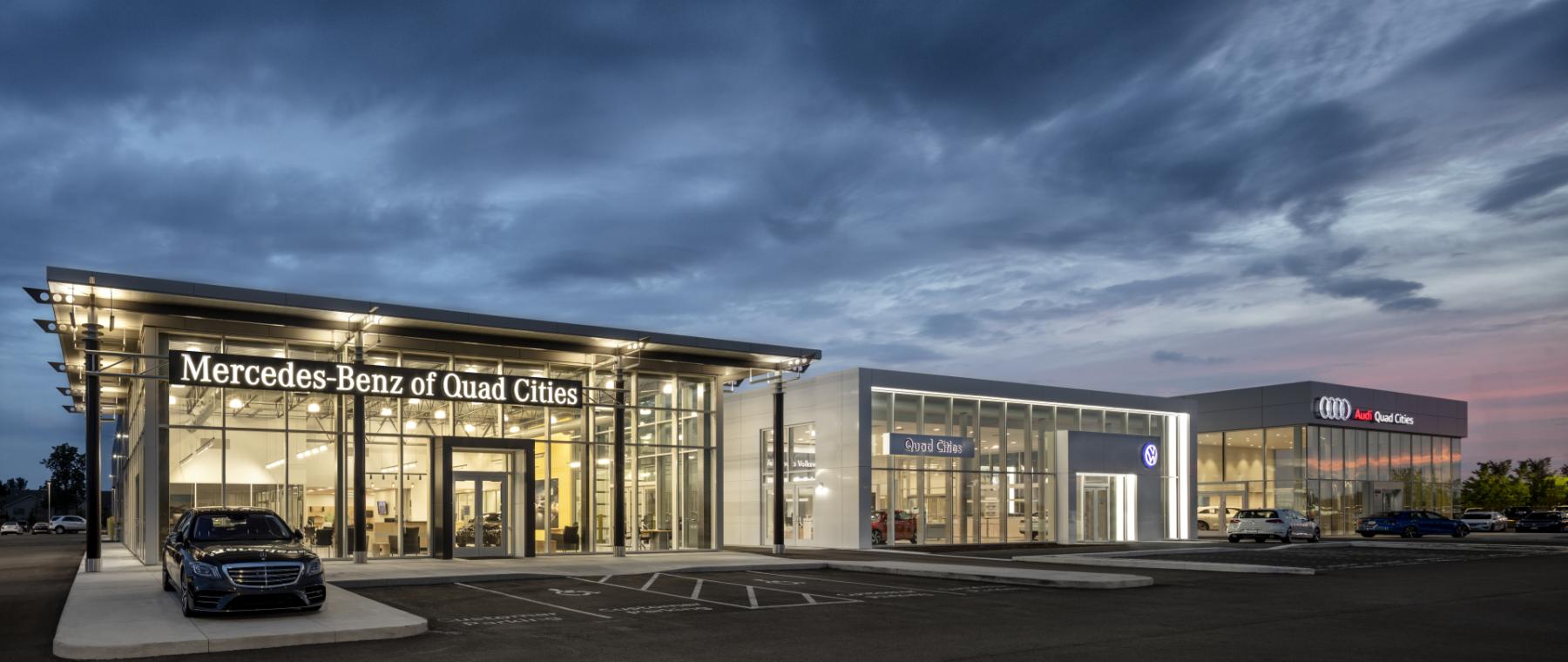 Smart Luxury Motors of Davenport
