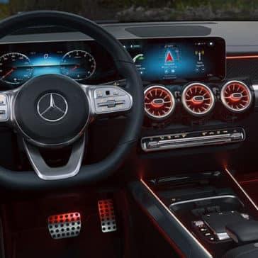 glb_steeringwheel_infotainment