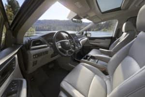 Honda Odyssey vs Toyota Sienna