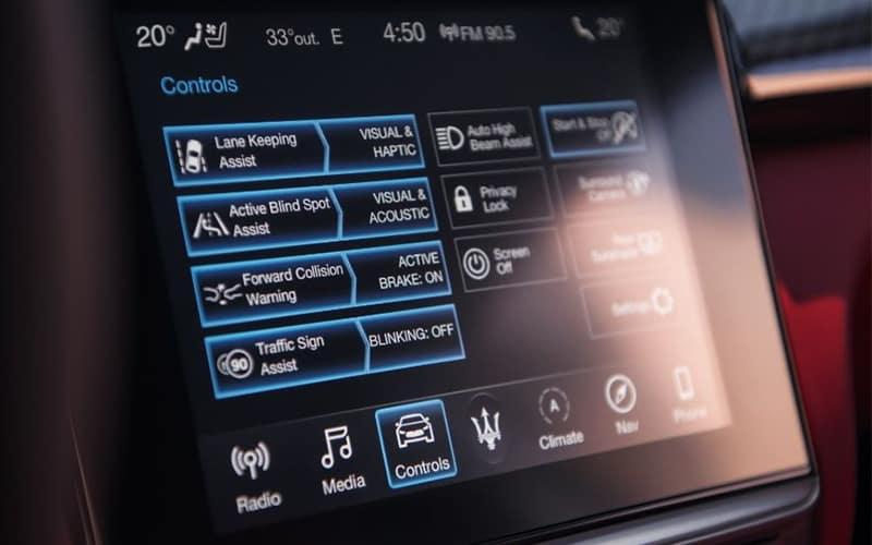 2020 Maserati Levante Technology
