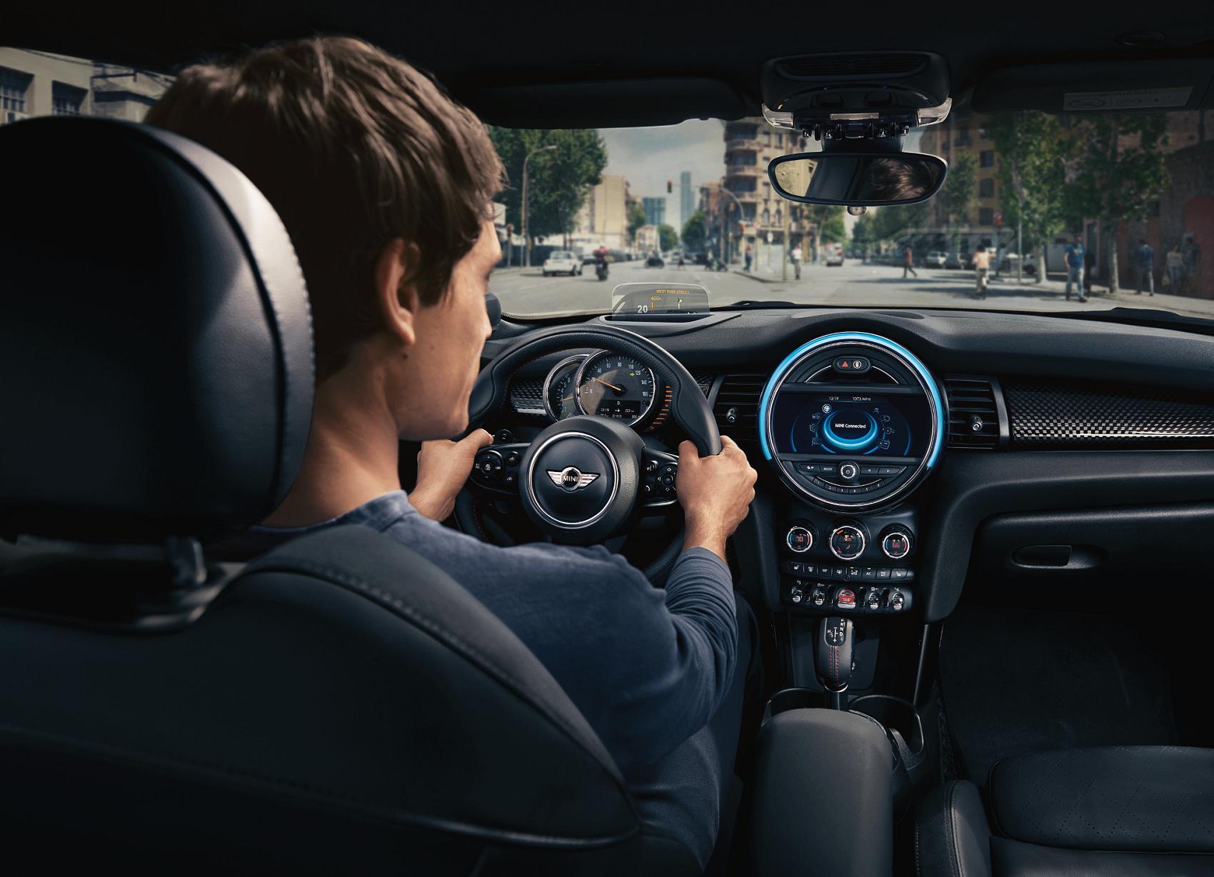 2019 Mini Cooper Interior Technology