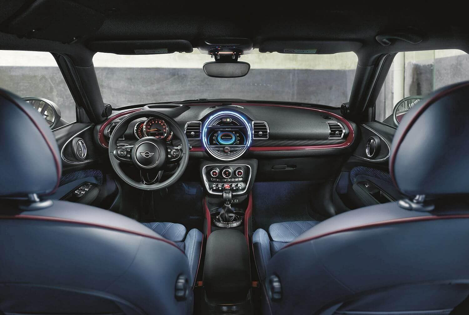 Mini Cooper Clubman Interior Technology