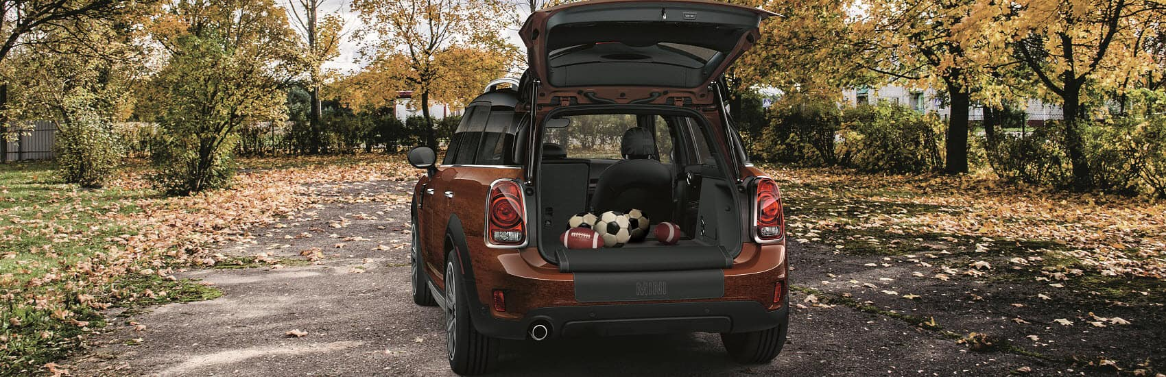 MINI Cooper Countryman Trunk Volume