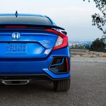 Honda_Civic_Si_Sedan_Rear_View