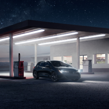 Toyota_Corolla_Hatchback_Parked_At_Gas_Station_Night
