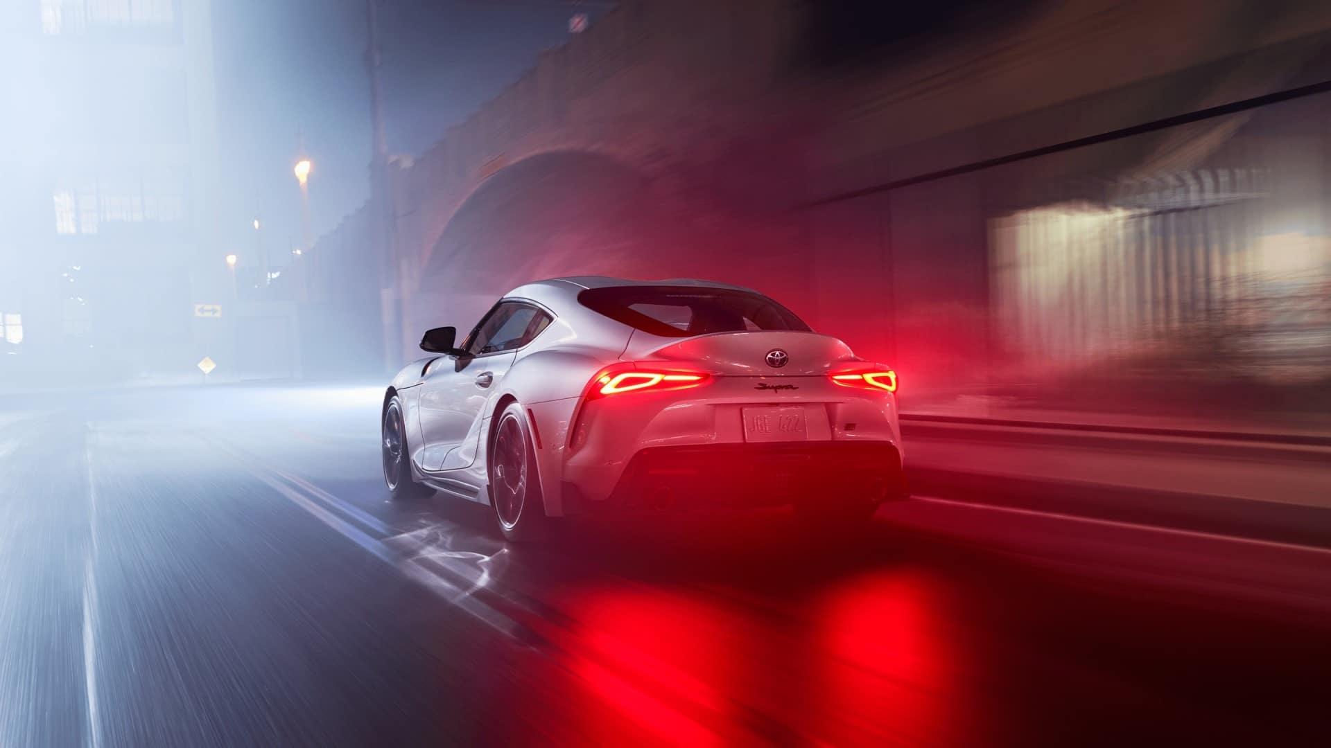 Toyota_Supra_Driving_At_Night