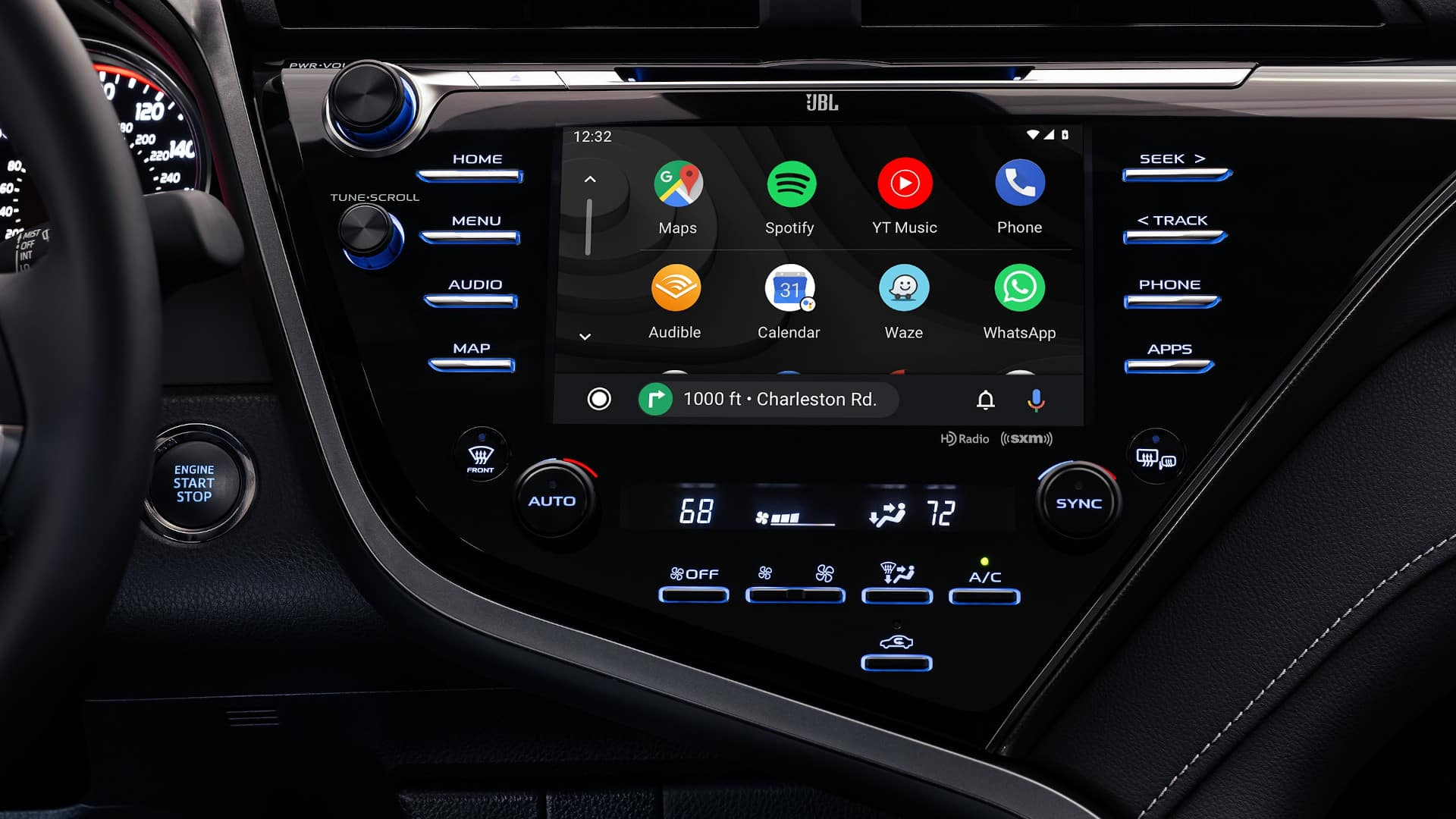 Camry Hybrid interior infotainment