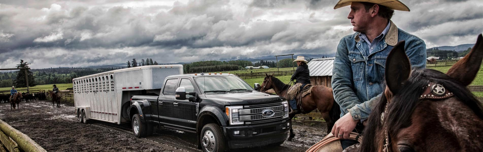The 2019 Ford F-450 available at Sutton Ford Commercial Truck Center, near Frankfort, IL