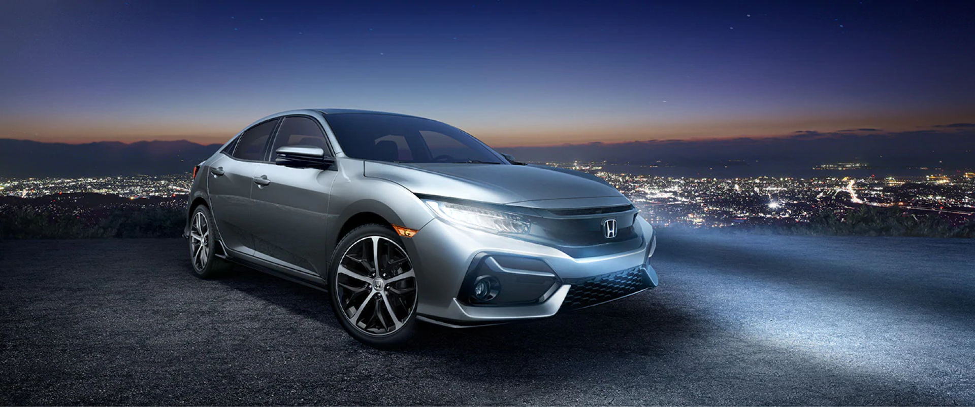 Honda_Civic_Hatchback_Parked_Outside_City