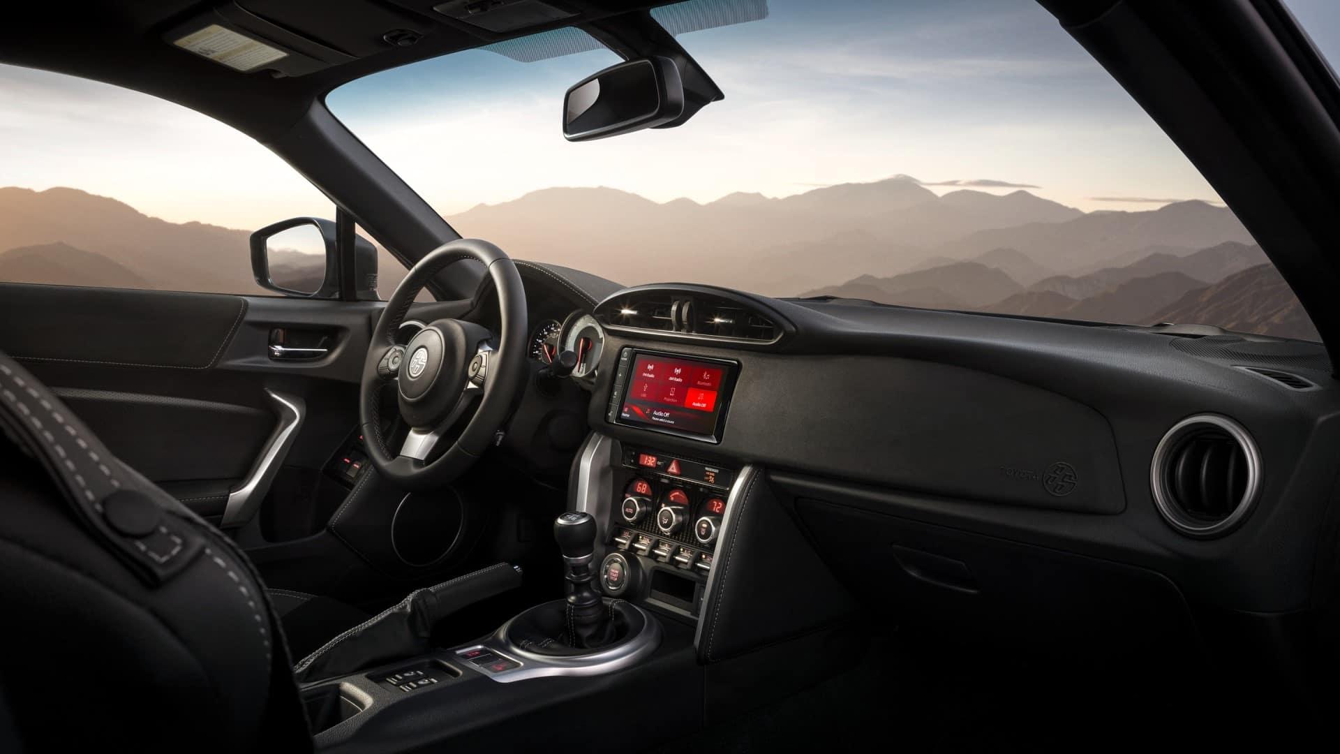 Toyota_86_Interior_Dashboard