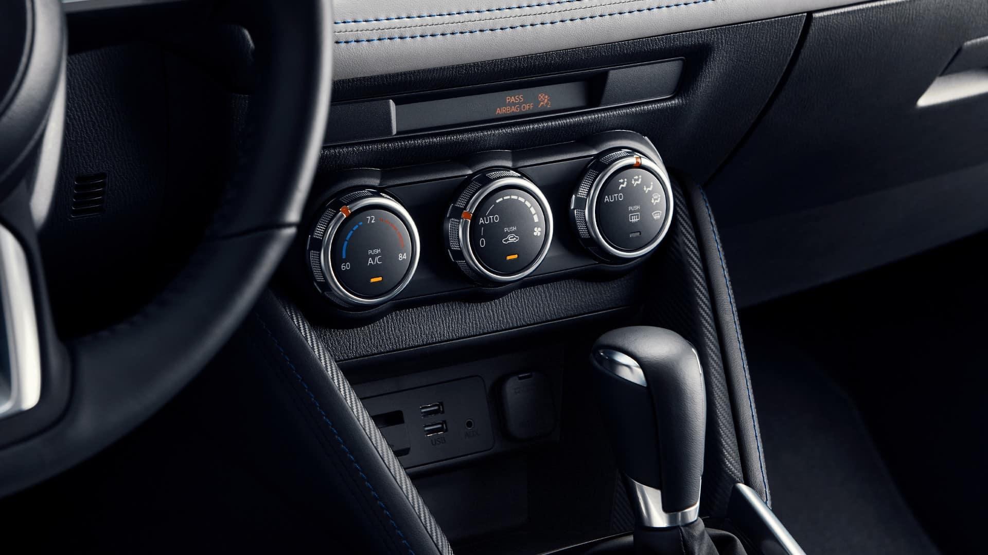 Yaris Hatchback AC Controls